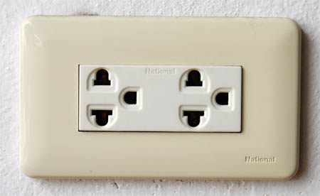 Electricity Female Plug Connector Thailand